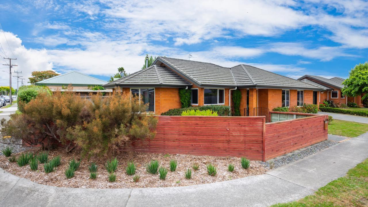 1 Easthaven Place, Redwoodtown