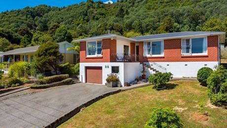38 South Terrace, Picton