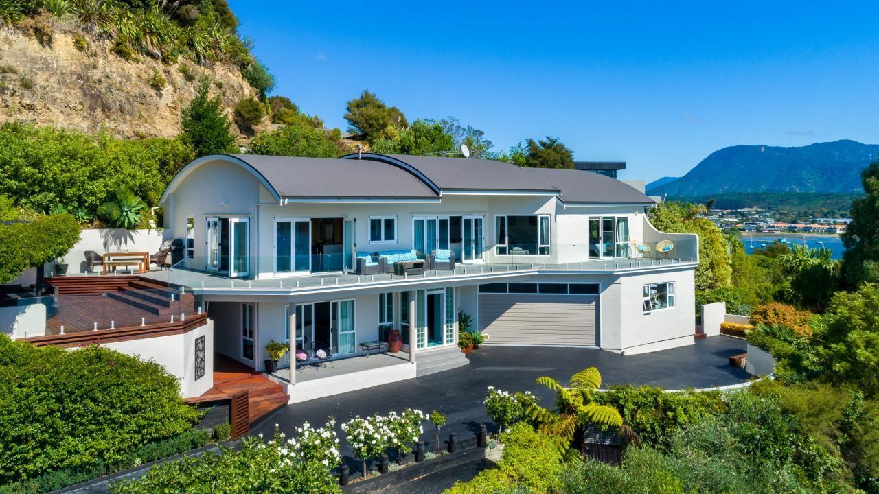 2 Marina View Estate, Waikawa