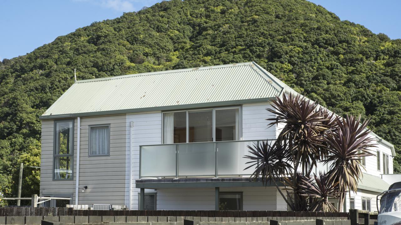 2 Marina Drive, Waikawa Bay
