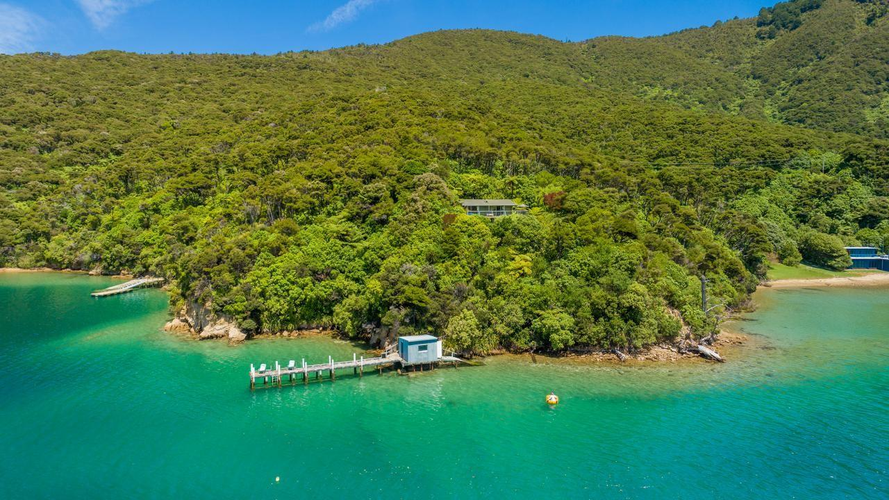 * Miritu Bay, Bay of Many Coves, Queen Charlotte Sound