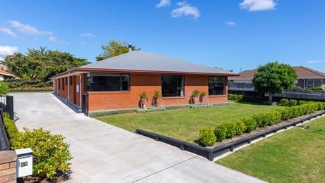 29 Karina Crescent, Redwoodtown