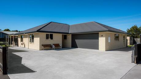 15 Clearwater Place, Mayfield