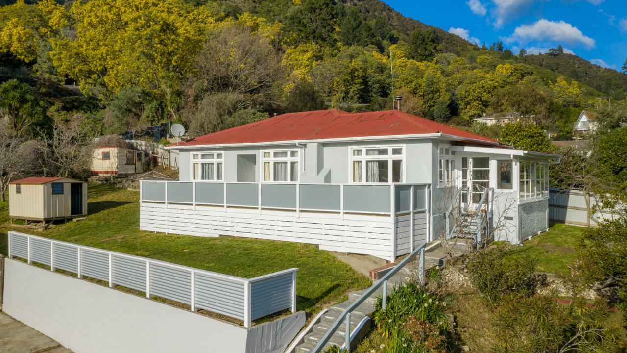 70 Wairau Road, Picton