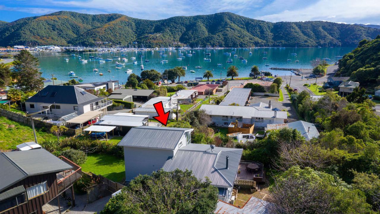 1 Amelia Crescent, Waikawa Bay