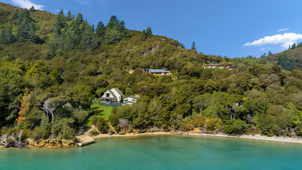 12 St Omer Road, Kenepuru Sound