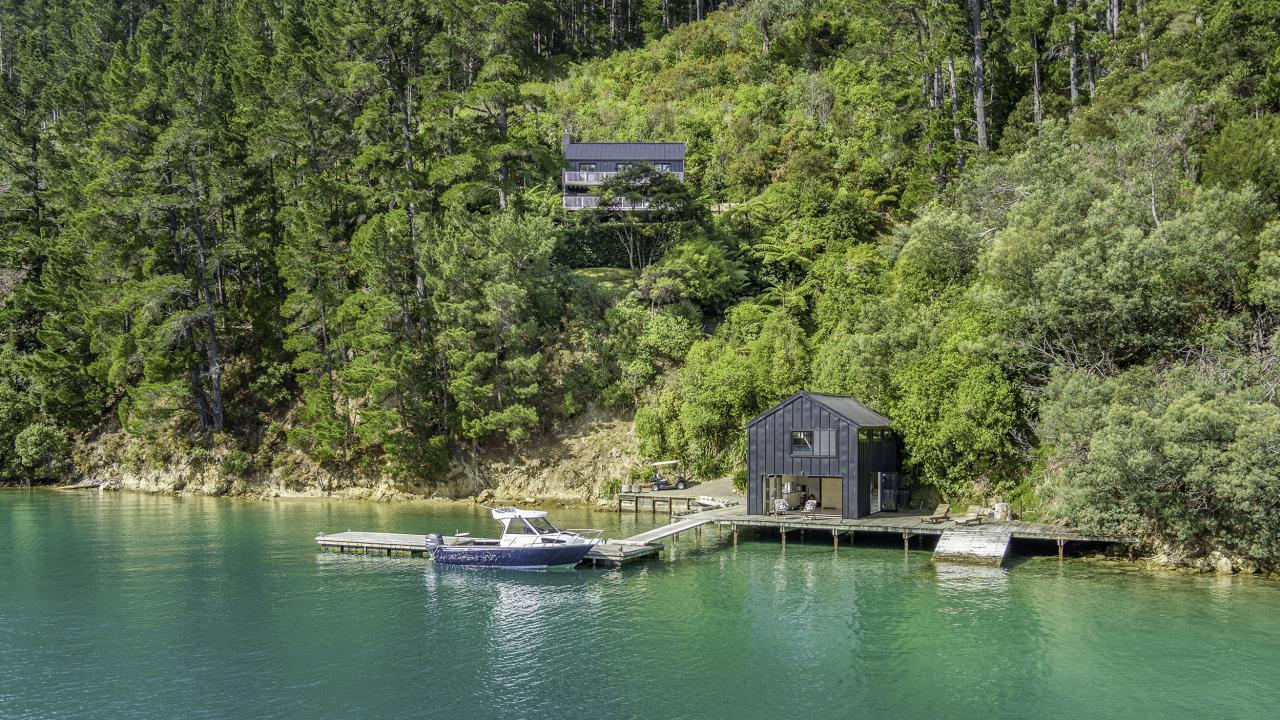 * Bay of Many Coves, Marlborough Sounds