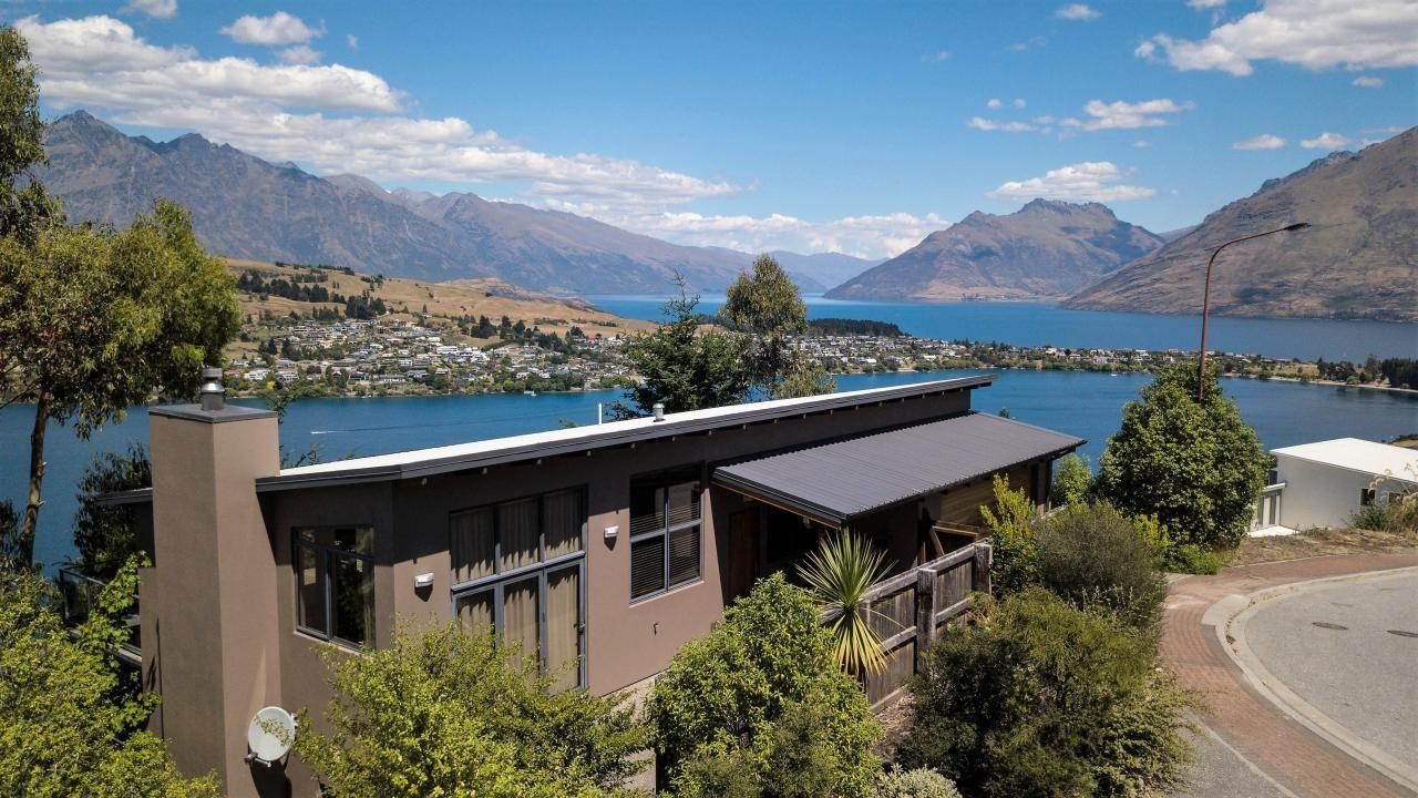 18 Olivers Place, Queenstown