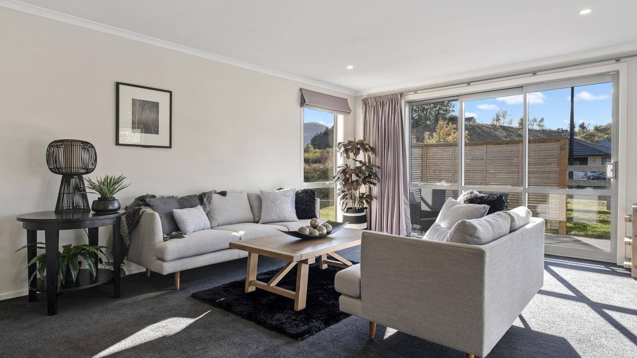 2 Banbury Terrace, Lake Hayes Estate