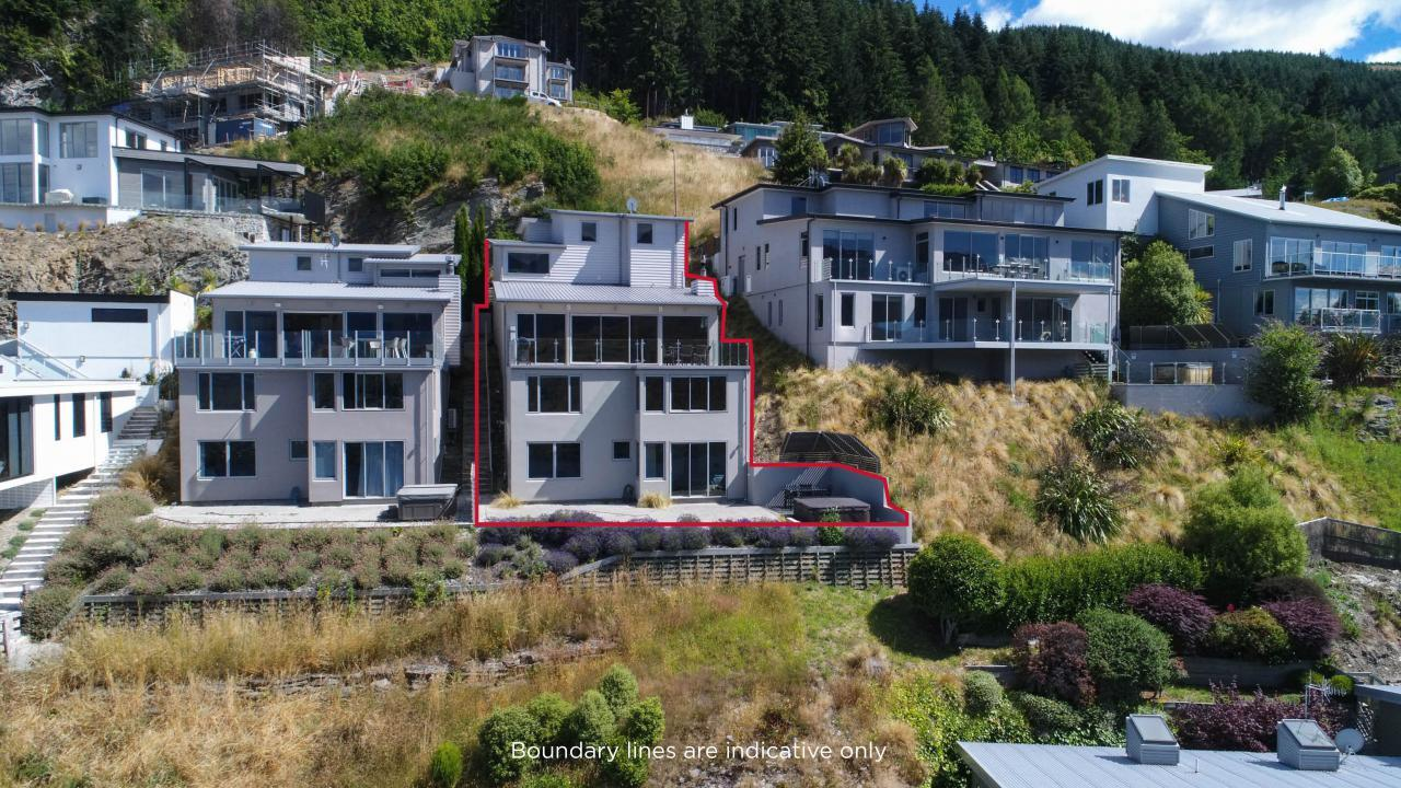 10B Olivers Place, Queenstown Hill