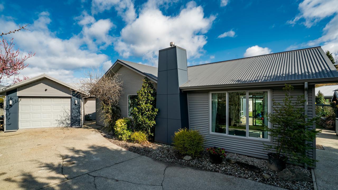 7 Crawford Place, Lake Hayes Estate