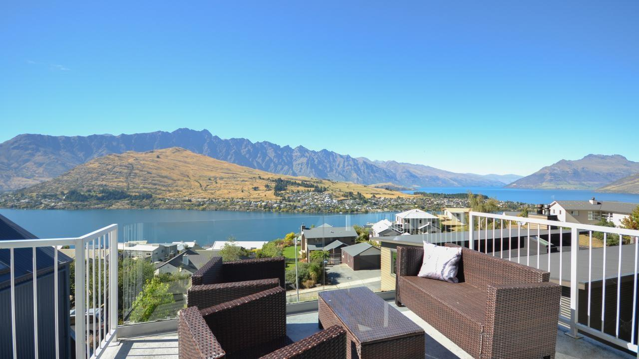 71A Hensman Road, Queenstown