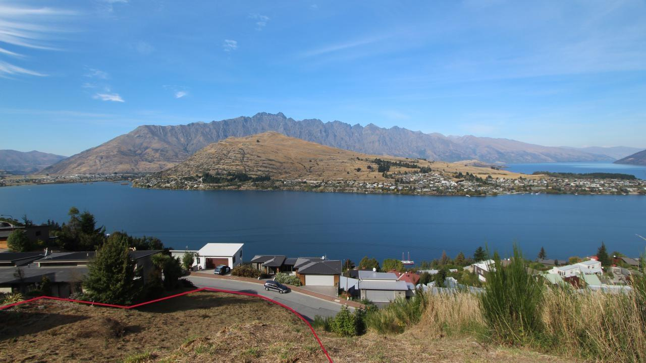 13 Olivers Place, Queenstown