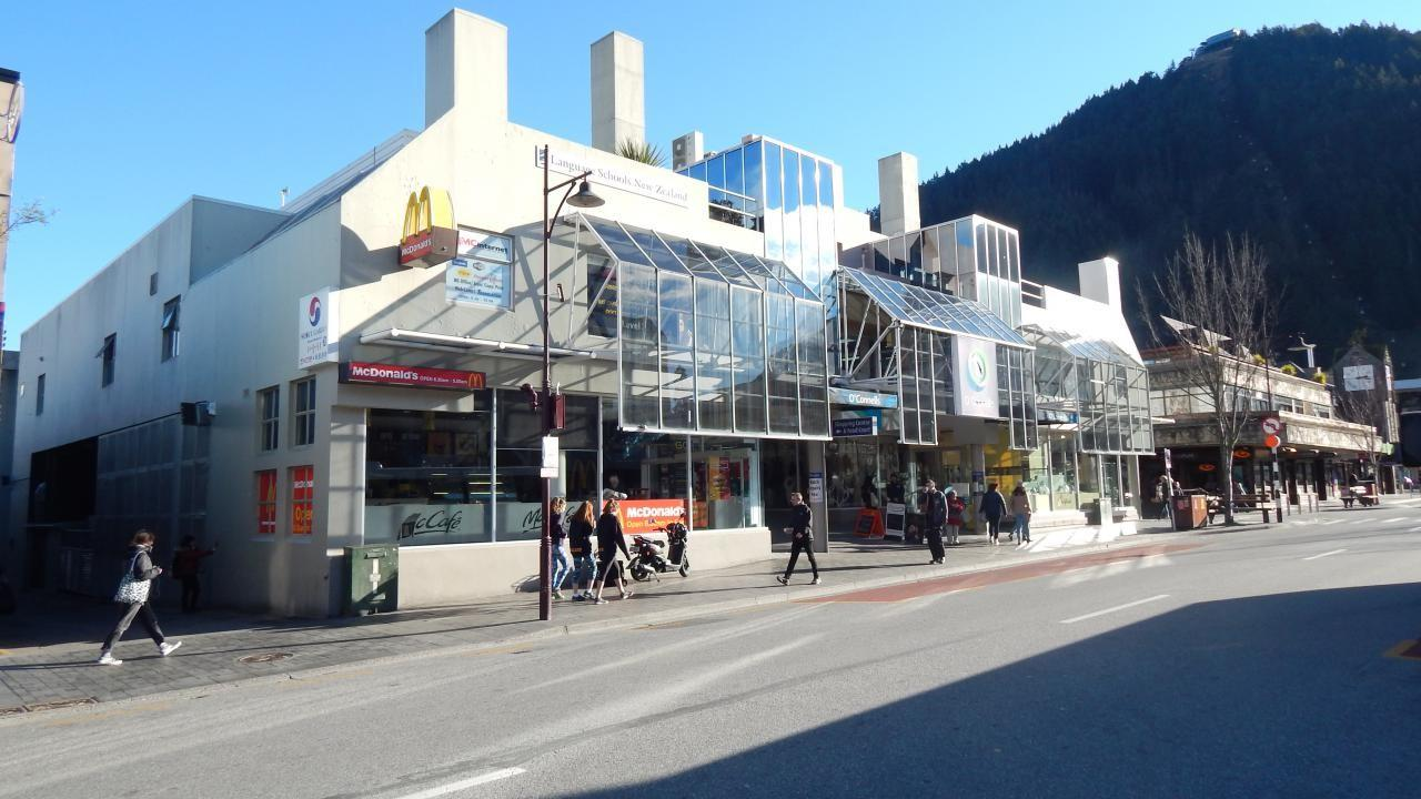 30 Camp Street, Queenstown