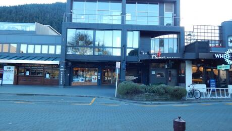 61 Beach Street, Queenstown