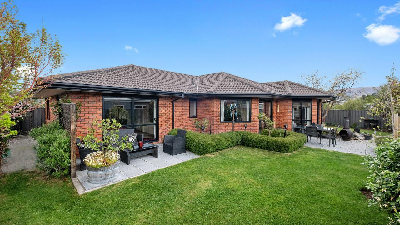 8 Olds Crescent, Cromwell