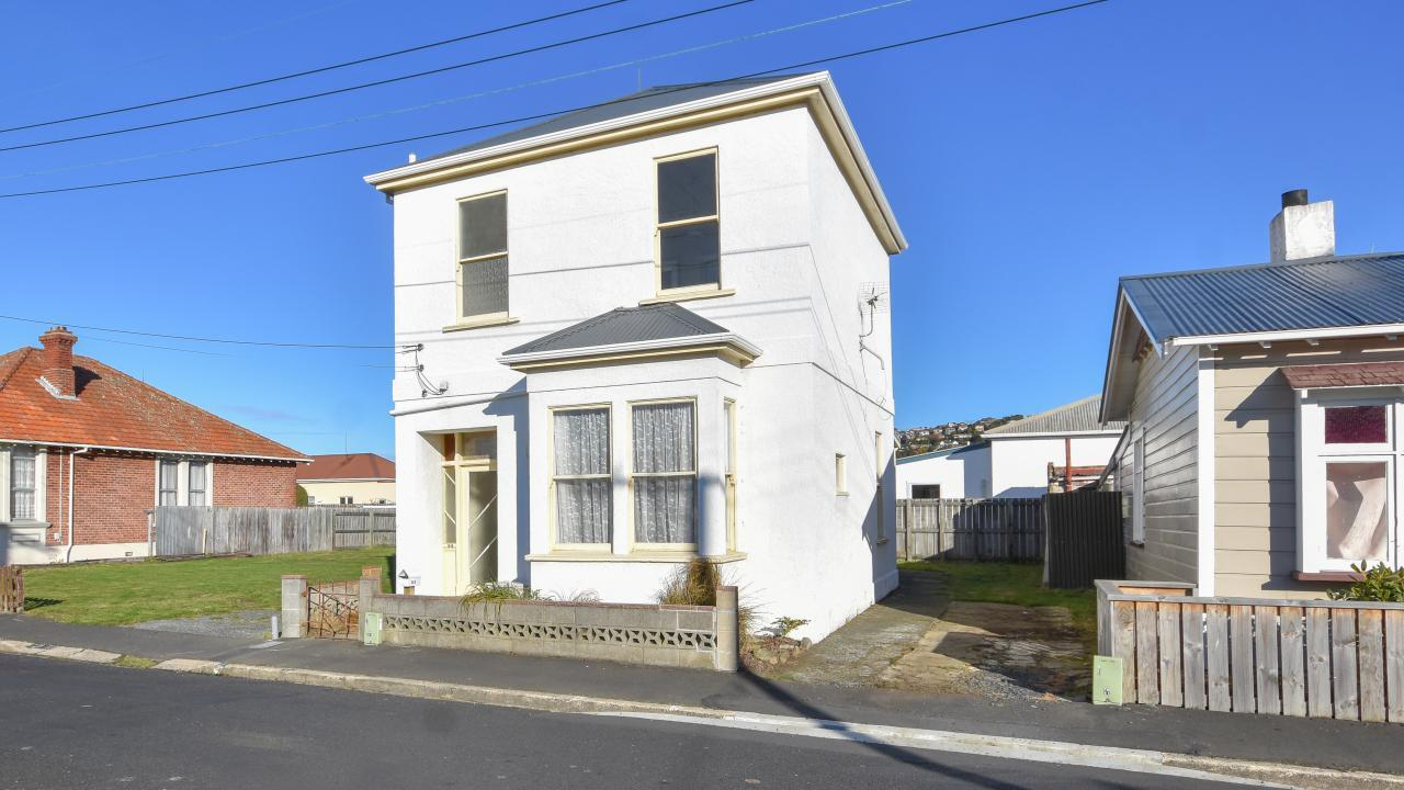 64 Wesley Street, South Dunedin