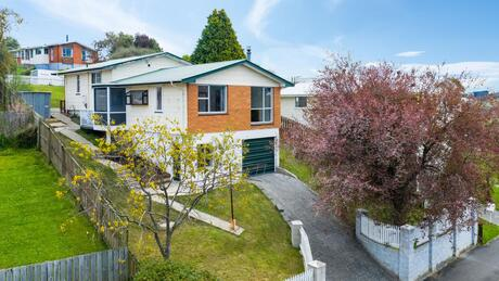 132 Mulford Street, Concord