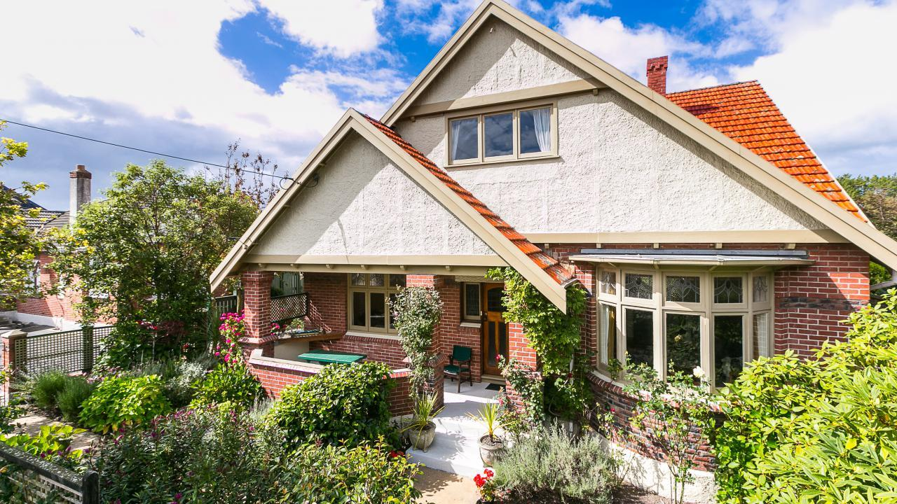 239 Bay View Road, St Clair