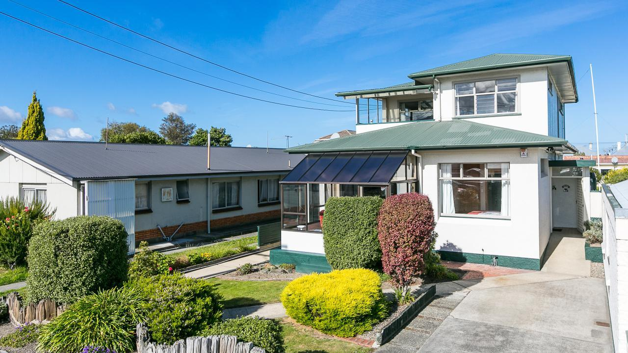 107 Macandrew Road, South Dunedin