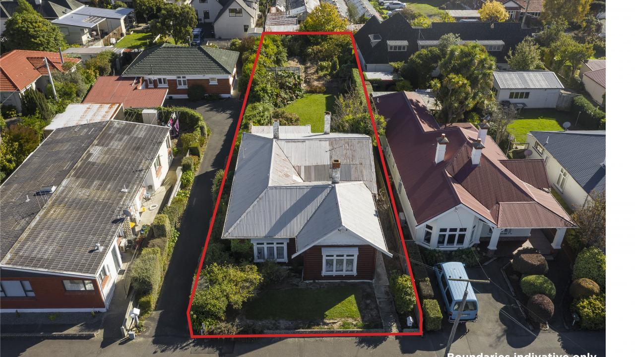 390 Bay View Road, St Clair
