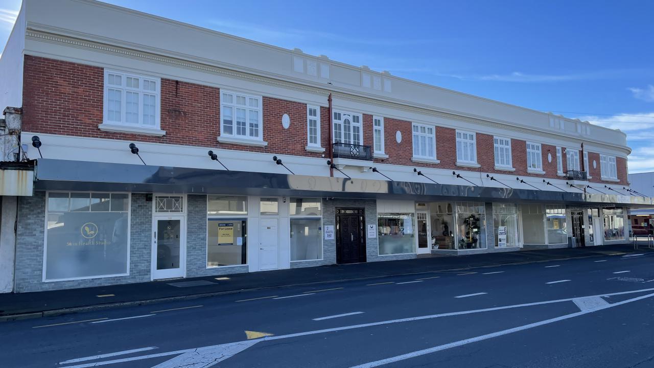 166 Hillside Road, South Dunedin