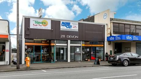 211 Devon Street East, New Plymouth Central