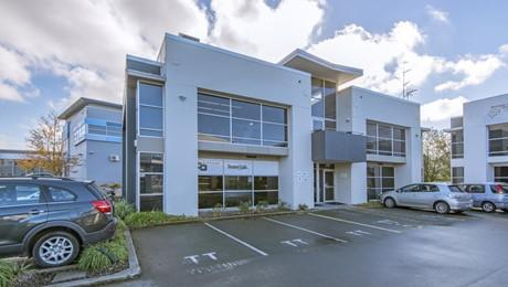 Unit 2, 49 Sir William Pickering Drive, Burnside