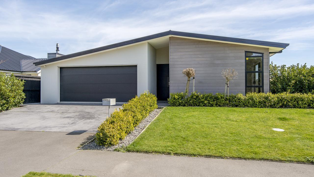 30 Liffey Springs Drive, Lincoln