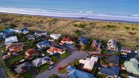 15 Neptune Place, Waimairi Beach