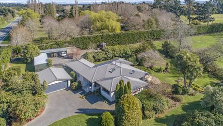 52 Old West Coast Road, Yaldhurst