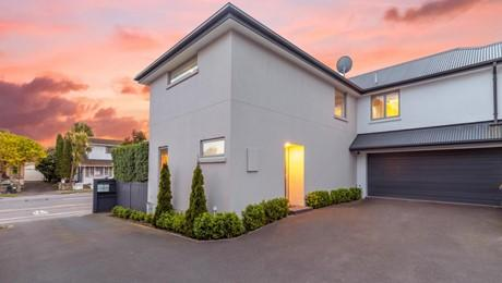 998A Colombo Street, St Albans
