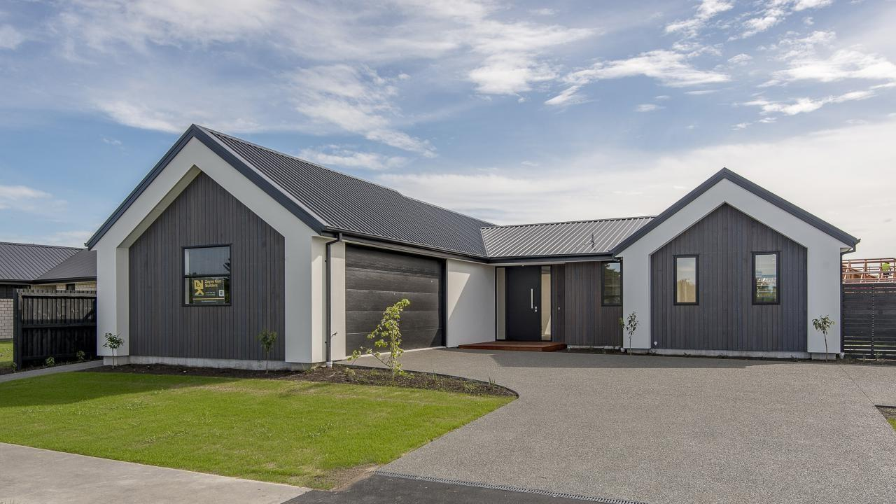32 Fearne Drive, Woodend
