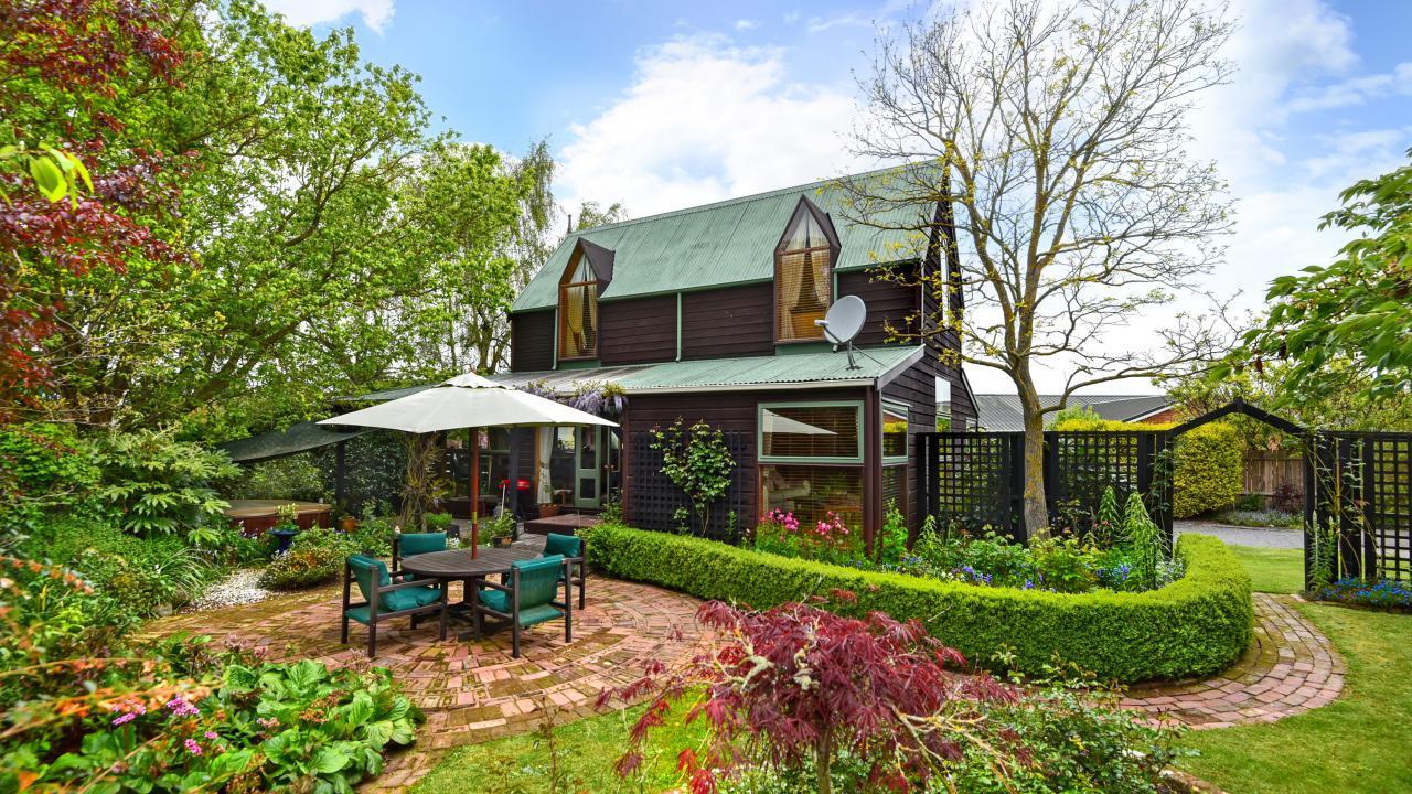 10 Snowdon Place, Darfield