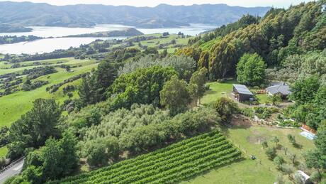 5518 Christchurch Akaroa Road, French Farm