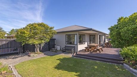 3 Pinaster Place, Parklands