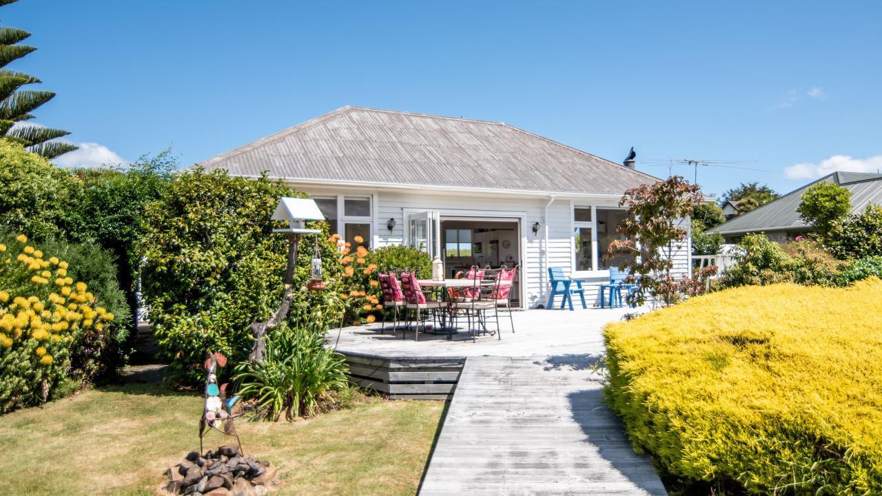 30 Okains Bay Road, Robinsons Bay