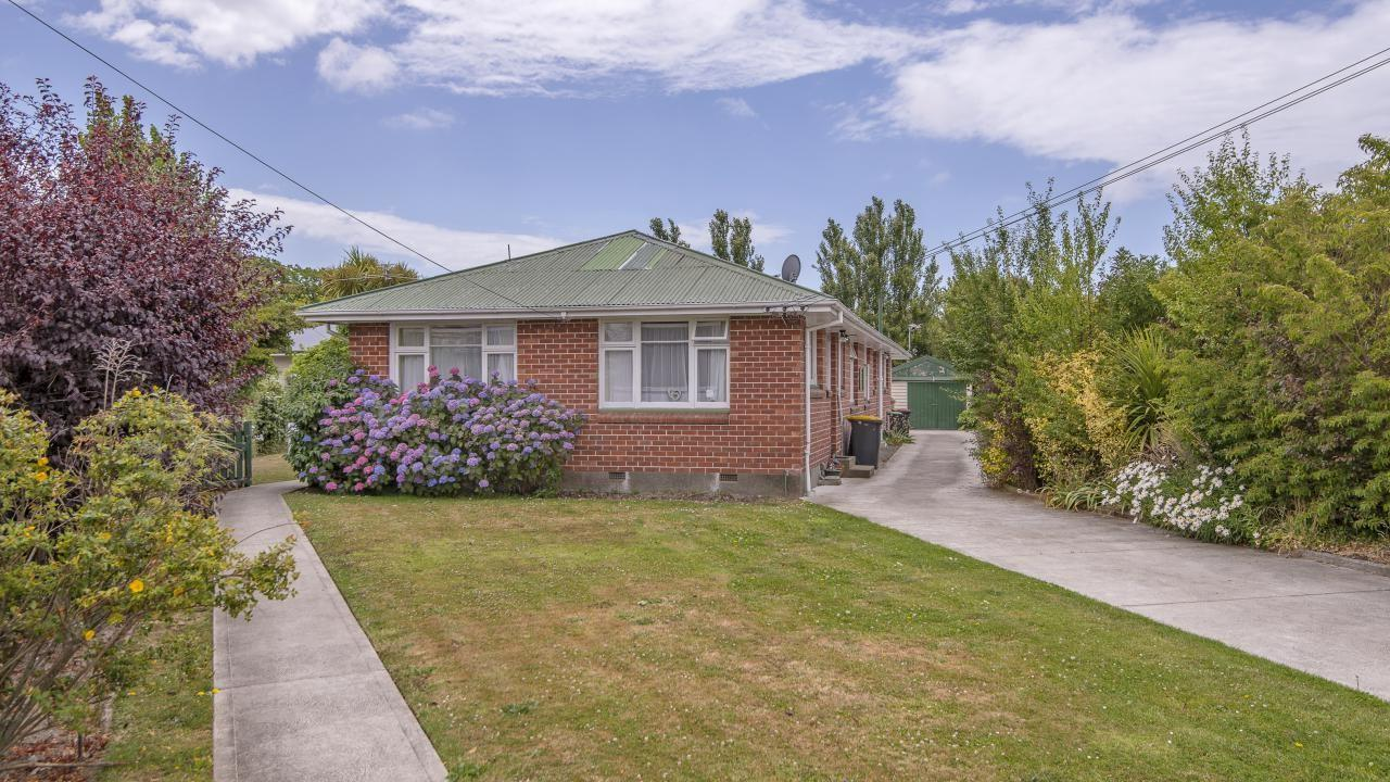 11 and 11A Barclay Place, Burwood
