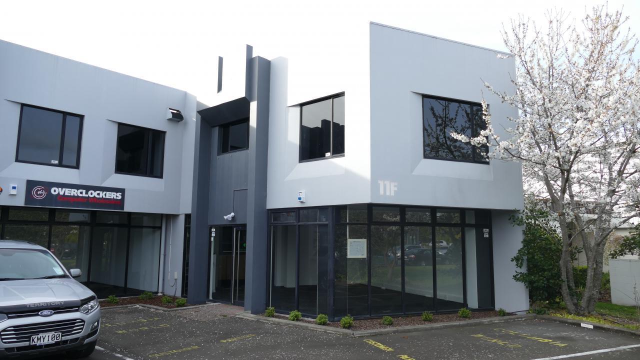11F Sheffield Crescent, Burnside