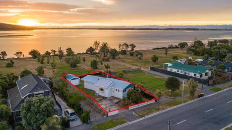 144 Rocking Horse Road, Southshore