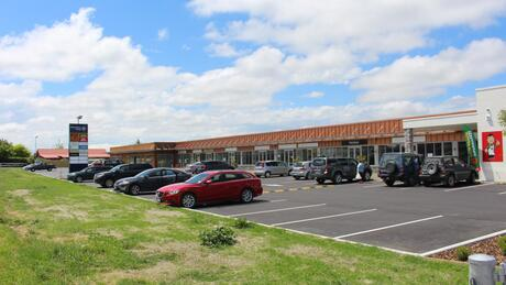 Shop F, 736 Weedons Ross Road, West Melton