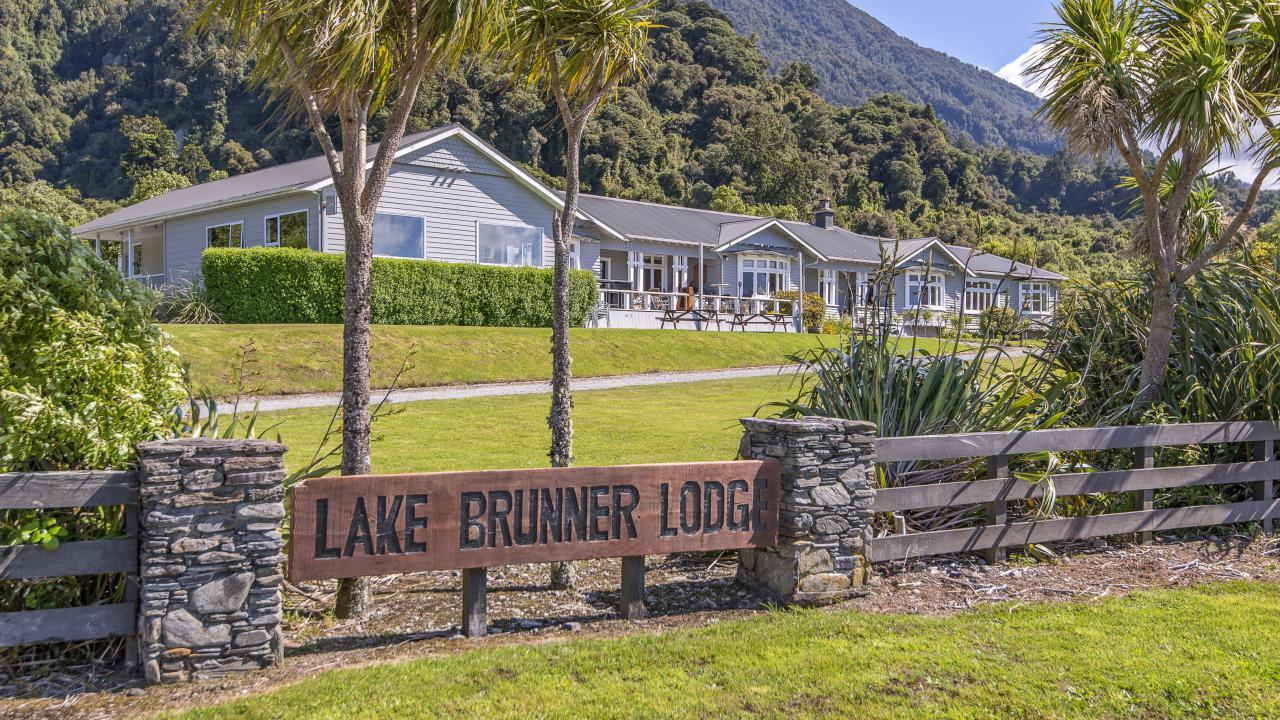 Lake Brunner Lodge, Inchbonnie