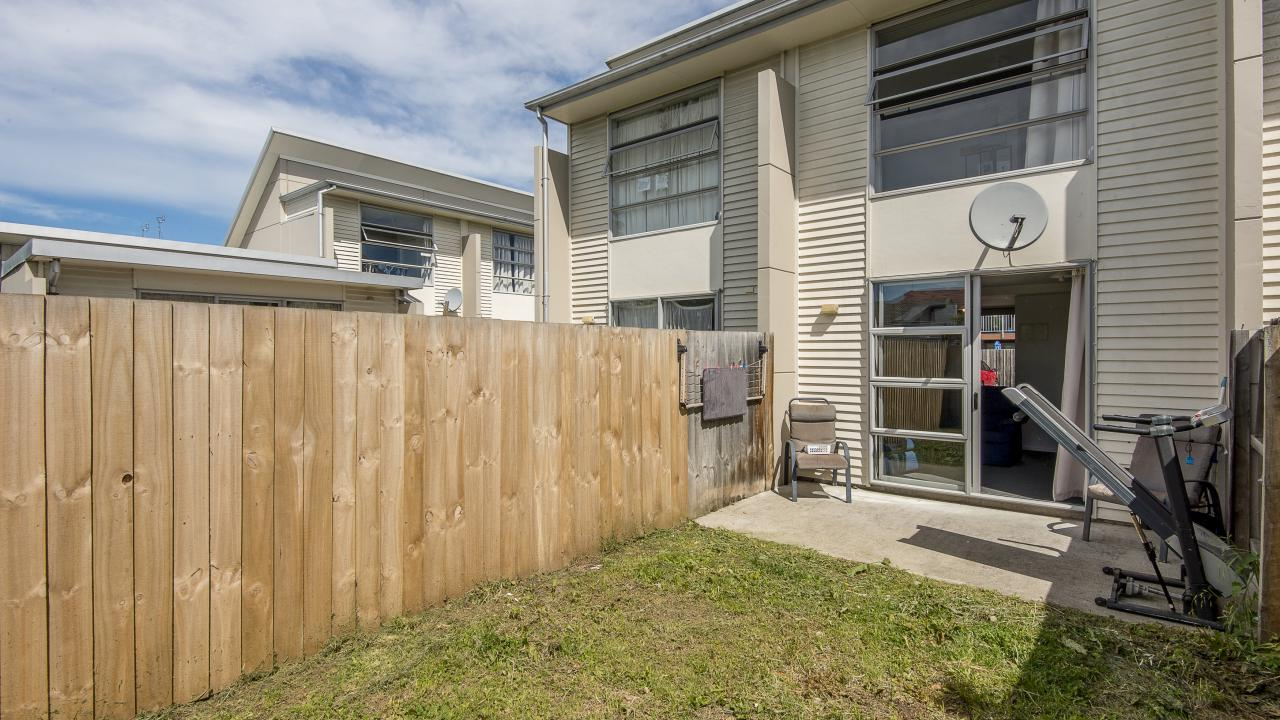 3/26 Stanmore Road, Linwood
