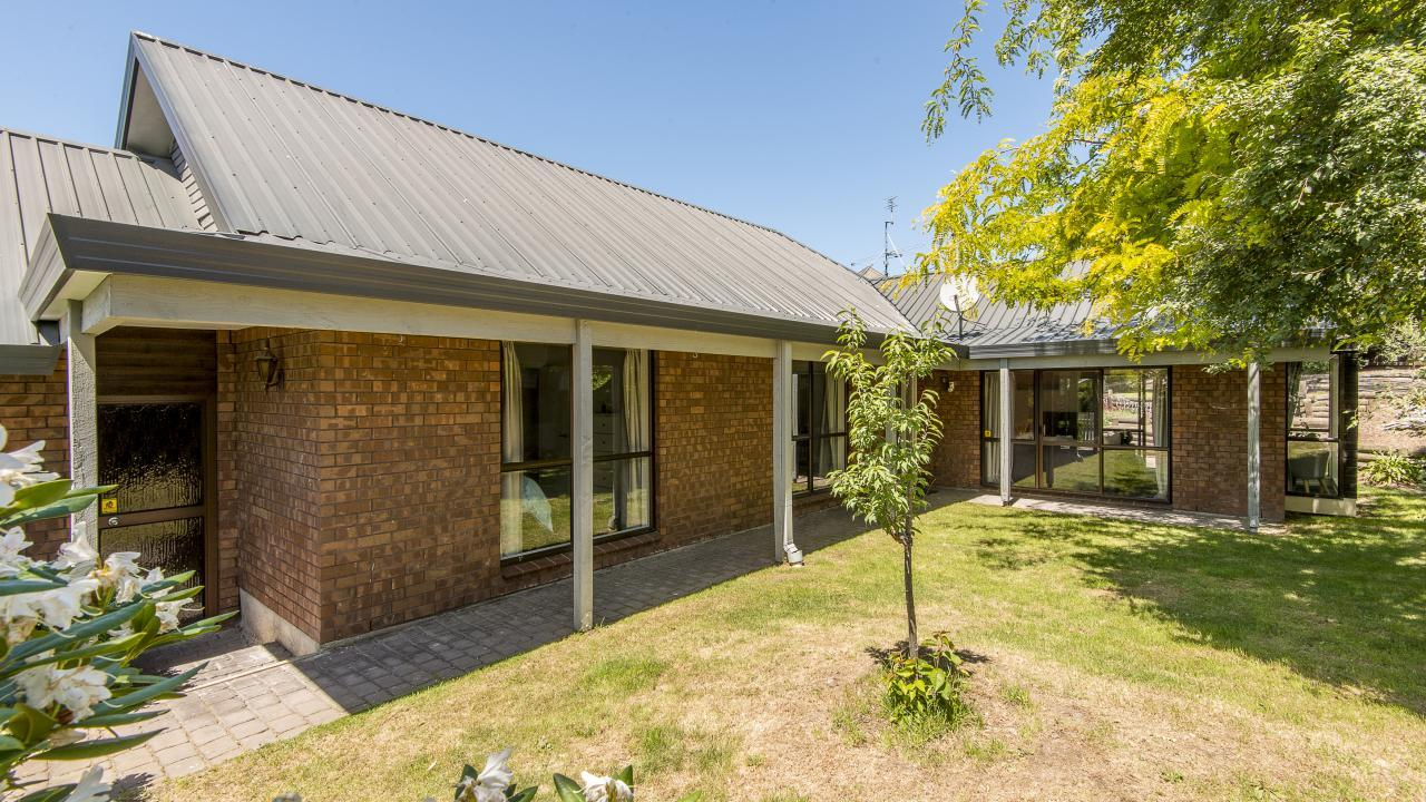 20 Tangmere Place, Burwood
