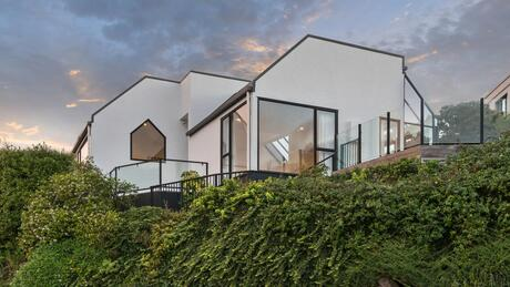 3 Glendevere Terrace, Redcliffs