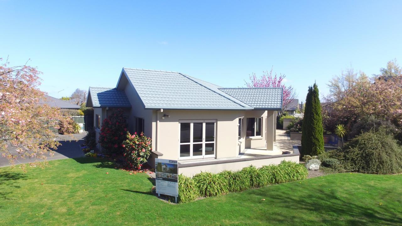 5 Coniston Drive, Allenton