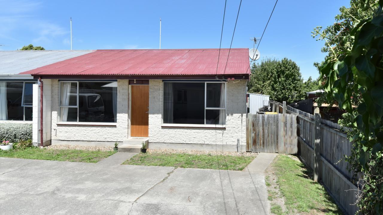 Flat 2/490 Worcester Street, Linwood