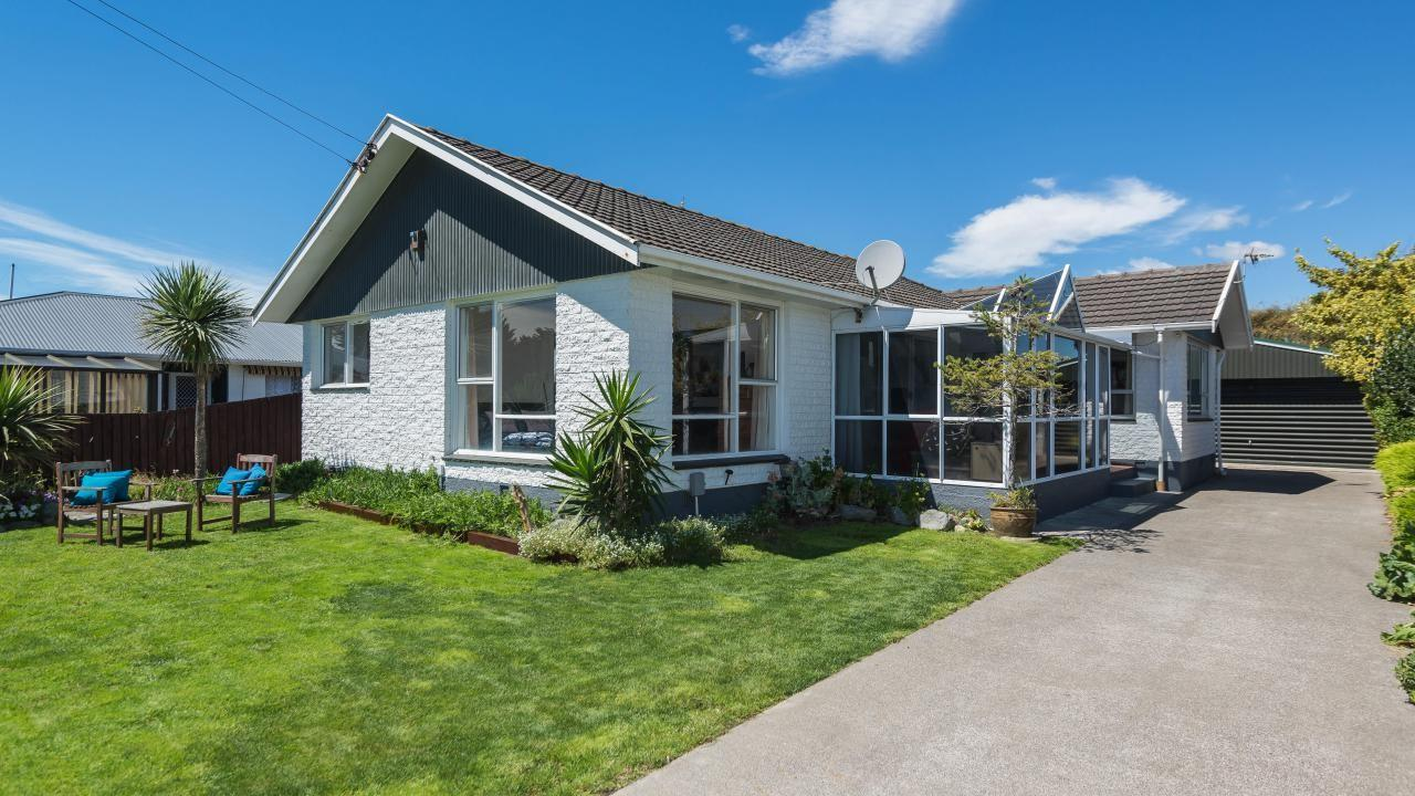 9 Beach Road, Waimairi Beach