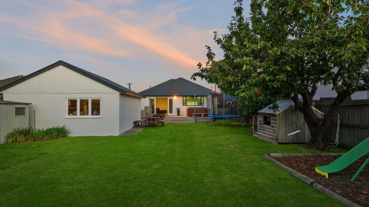 19 Cutts Road, Russley