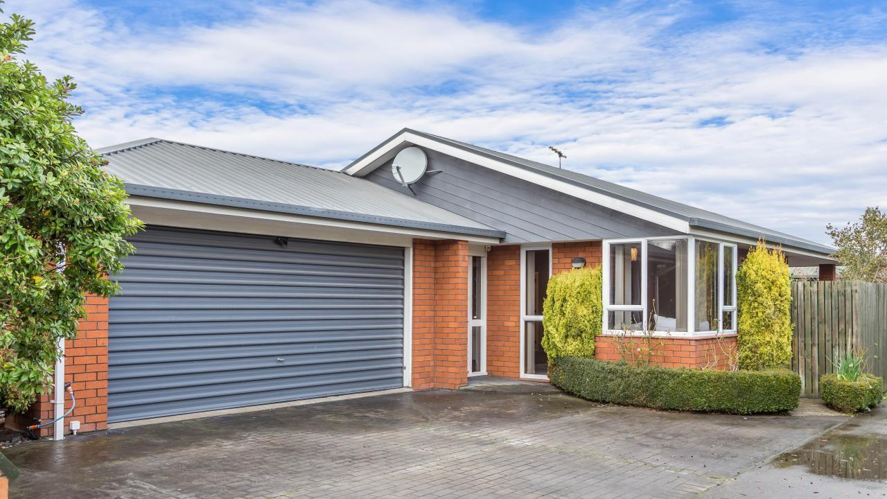 11A Rossiter Avenue, Redwood